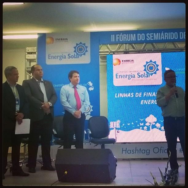 Representantes das instituições bancárias apresentam as linhas de financiamento para a aquisição de tecnologias sociais